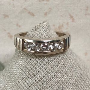 Sterling Silver 3 Cubic Zirconia Setting Ring